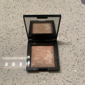 Bare Minerals Invisible Glow Highlighter